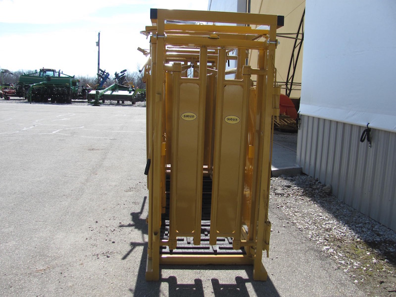 Sioux Steel Livestock Equipment For Sale Glascock