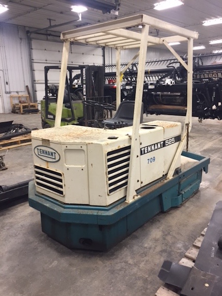 Used Tennent 525 Floor Scrubber UD 7803