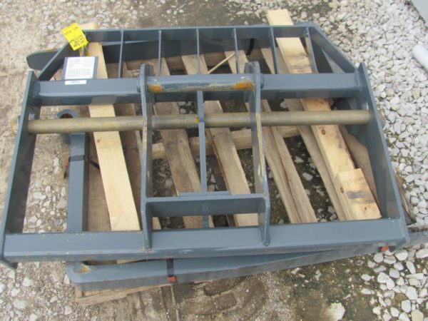Gehl Skid Steer Pallet Forks for Sale in Indiana