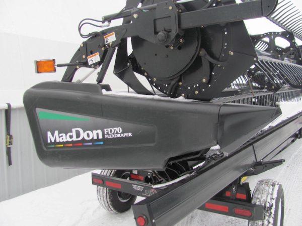 MacDon FD70 Flex Draper side view