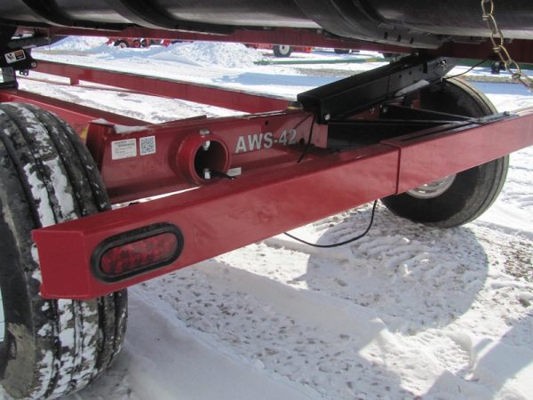 Unverferth AWS 42' Header Transport axle & tires