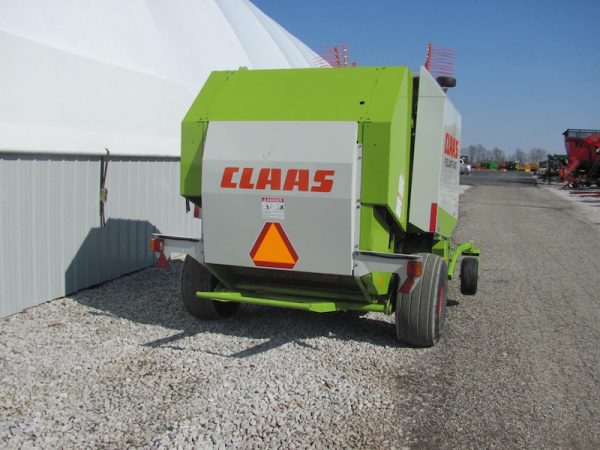Claas Rollant 240 4