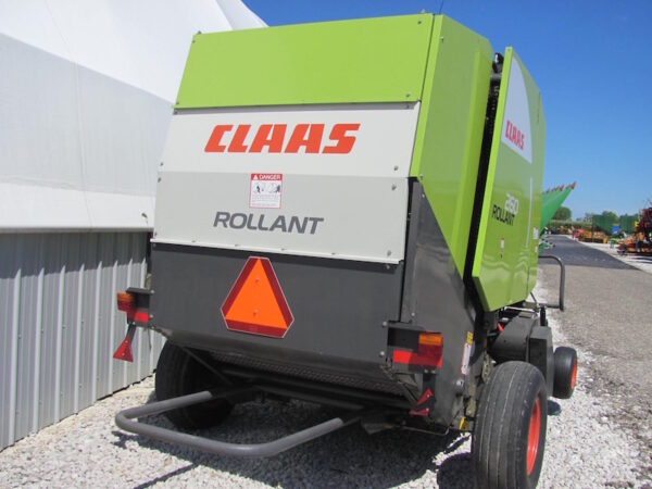 Claas Rollant 260 4
