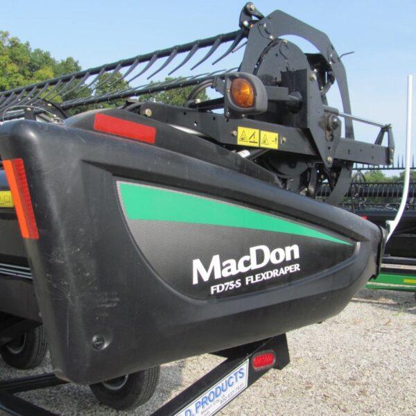 MacDon FD75