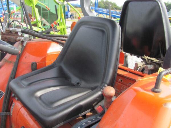 Kubota L2900 5